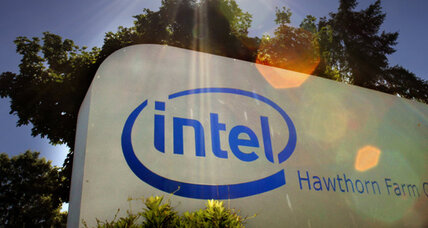 Intel hopes to make comeback with low-cost smart phones