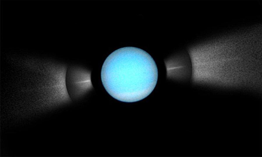 uranus hubble telescope - 900×539