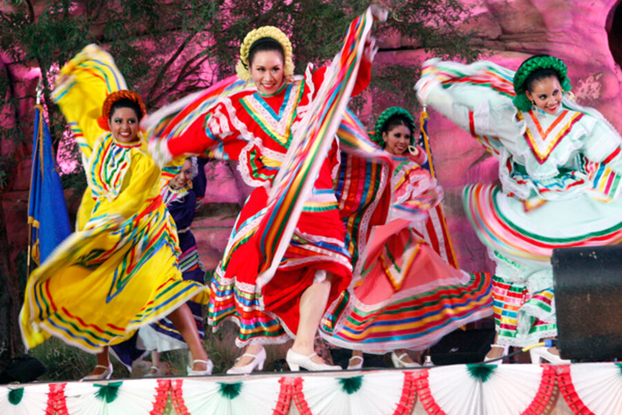 cumbia in mexican culture Techno cumbia is a song recorded by american singer selena for her fourth studio album, amor prohibido (1994) it was posthumously released as the b-side track to dreaming of you through emi latin on august 14, 1995.