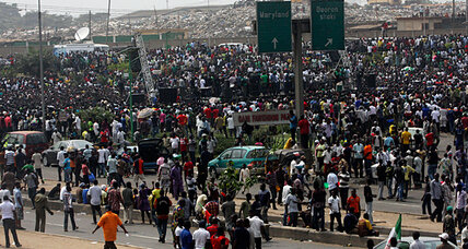Nigeria closes its borders amid unrest from Islamists, strikers