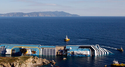After airing false footage of Costa Concordia, Italian media under fire (+video)