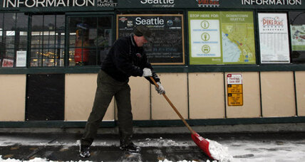 Widespread snow buries Seattle area