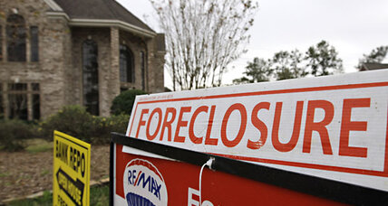 Foreclosure hardest on low-income homeowners