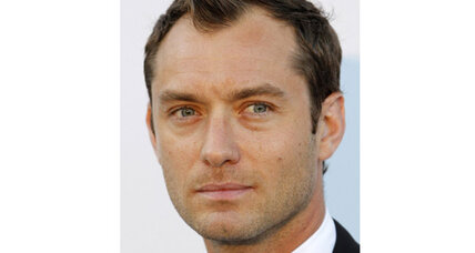 Jude Law gets about $200,000 in phone hacking settlement from Murdoch