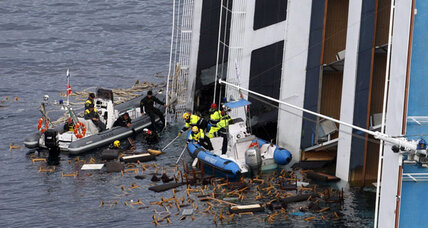 Workers to pump oil from Costa Concordia on Saturday