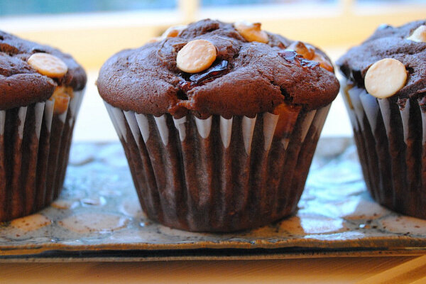 Chocolate muffins with white chocolate and dried cherries - CSMonitor ...