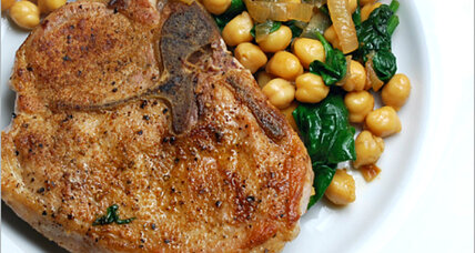Pork chops with chickpeas and spinach
