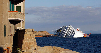 Concordia cruise ship captain left ship, ordered to go back