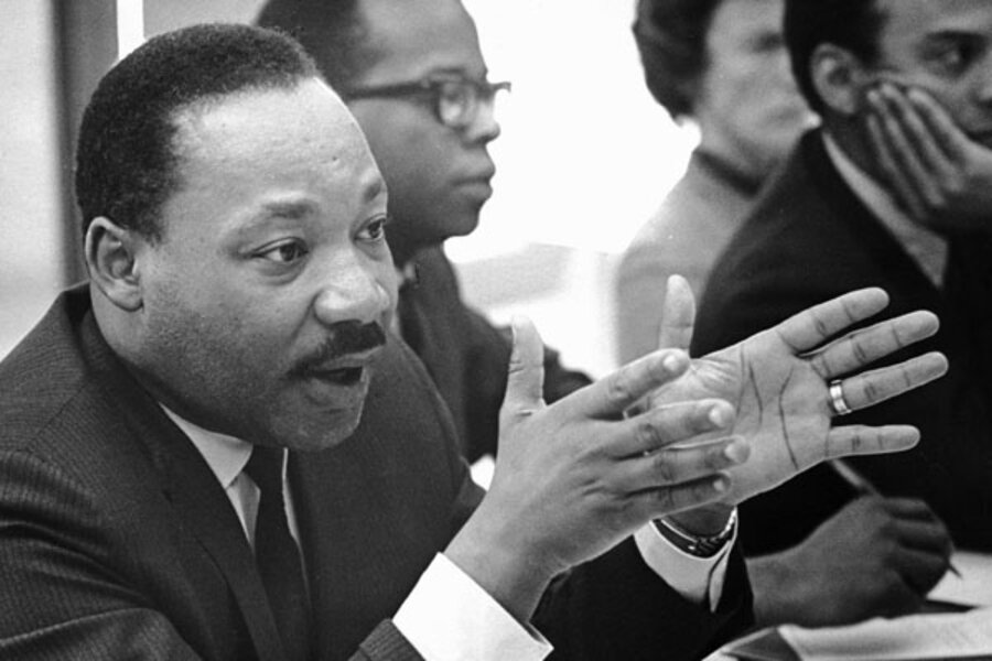 comparison of martin luther king jr s A half-century after their deaths, martin luther king jr and malcolm x remain two of the world's most revered political activists they were both respected leaders of the american civil rights.