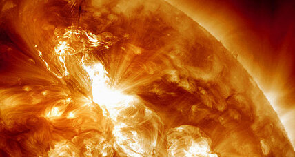 Solar storm forces Delta, United to divert flights