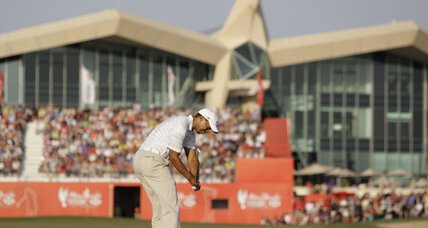 Tiger Woods edges closer to top in Abu Dhabi tourney