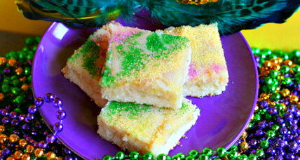 King Cake bars for Mardi Gras