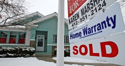 30-year mortgage rates stay at record low