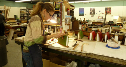 In an age of Kindles, Harcourt Bindery sticks to tried-and-true book methods