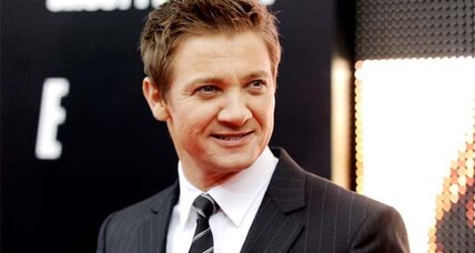 'The Bourne Legacy' trailer shows star Jeremy Renner's action experience