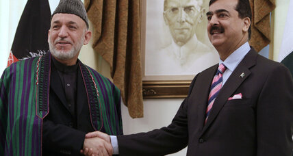 Afghan peace: Karzai, Ahmadinejad in Pakistan for talks