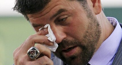 Jason Varitek says tearful goodbye to Red Sox