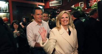 Super Tuesday: Mitt Romney woos blue-collar voters in Ohio