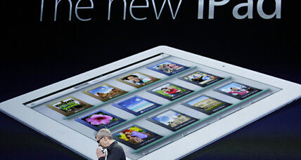 Tim Cook shines as Apple CEO (+video)