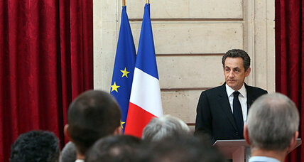 Sarkozy shines after France attacks, but voters appear unswayed