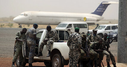 African presidents forced to turn back from occupied Mali runway