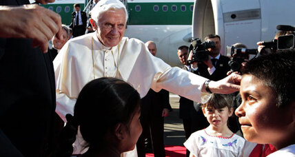 Pope greeted by crowds upon arrival to Mexico