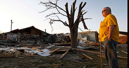 St. Louis awakes to hail as Midwest on alert for tornadoes Friday