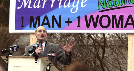 New Hampshire lawmakers consider gay marriage repeal