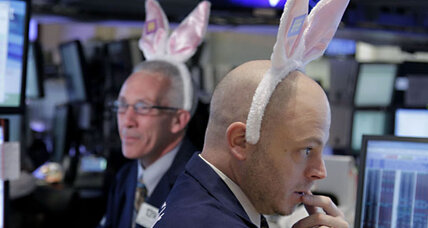 US stocks plunge; Dow down 124