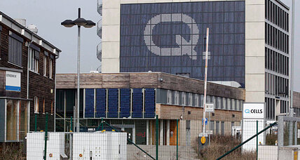 Germany's solar woes dim the promise of green jobs