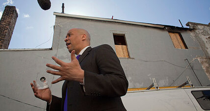 Cory Booker fire rescue 'very heroic' but very dangerous, fire officials say
