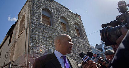 Cory Booker Stories: Top 10 tweets about fearless Newark mayor