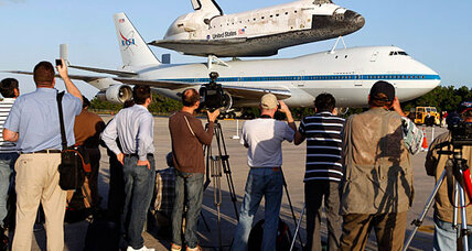 Space Shuttle Discovery to swoop over National Mall