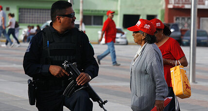 Security 'quagmire' for Mexican presidential candidates
