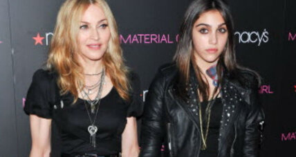 Madonna's daughter smoking: Photo sparks parenting discussion (+video)