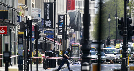 London neighborhood sealed off by armed police after suicide bomb threat
