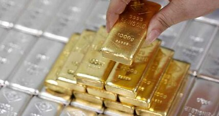 Gold prices recover, but still down for week
