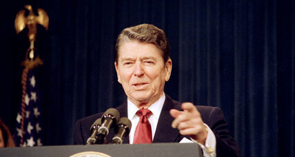 Obama, Romney both want Reagan mantle