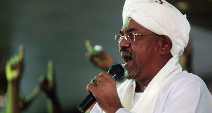 Sudan threatens to unseat South Sudan government amidst clashes