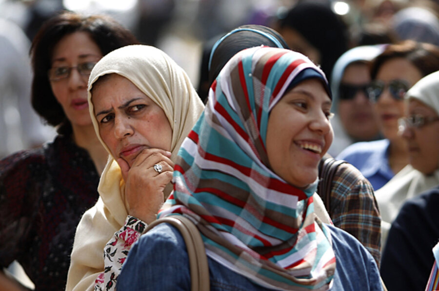women in egypt A leading human rights group said wednesday that egypt is failing to protect its women from widespread violence and criticized the country's authorities.