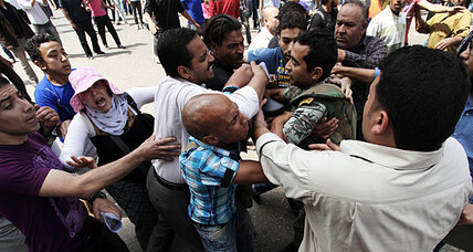 Egypt political chaos threatening to foment actual chaos