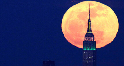 Will Saturday's 'supermoon' destroy the Earth?