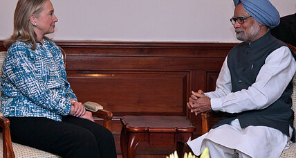 Clinton in India: a gentle reminder about all that Iranian oil (+video)