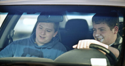Teenage driving deaths more likely with teenage passengers in car