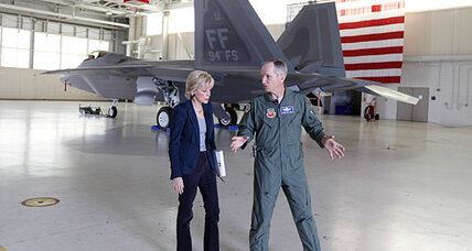 F-22 safety questions remain despite Panetta's order