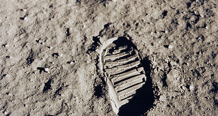 NASA asks future moon explorers to keep away from Apollo landing site