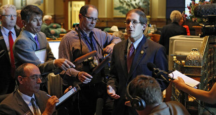 GOP shoots down civil unions in Colorado