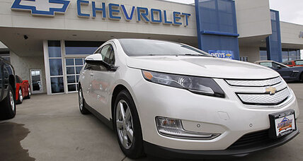 GM stock: Earnings down. Outlook cautious.