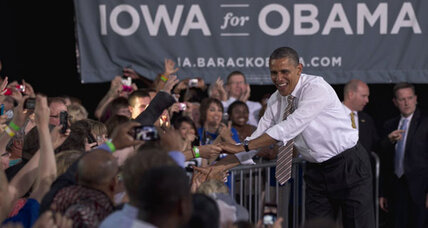 In Iowa, Obama on the offensive against Romney