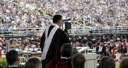 Mitt Romney courts evangelicals at Liberty University